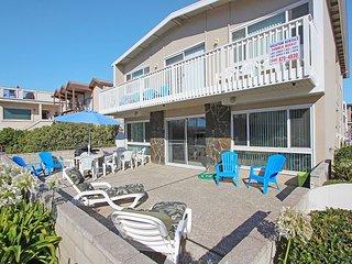 Steps to the Sand Large Private Patio With Beach View Lower Unit With Parking - Newport Beach vacation rentals