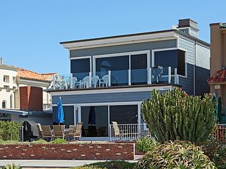 Ocean Front Upper Unit, Amazing View of Balboa Pier, Private Balcony (68300) - Balboa vacation rentals
