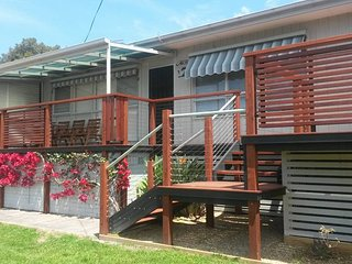 Fab 60s style holiday house with all the mod cons, plus a self-contained flat - Mallacoota vacation rentals
