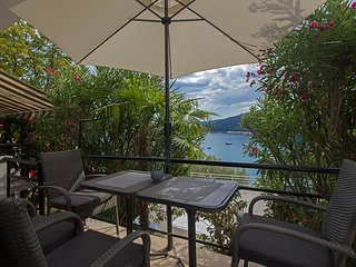 Modern 2 BDR & 2 Bathroom app with sea view 077 - Rabac vacation rentals