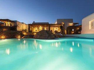 Bright 5 bedroom Villa in Mykonos Town - Mykonos Town vacation rentals