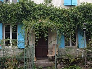 Romantic Country House in Quaint But Lively French Village - Castres vacation rentals