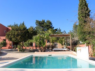 KM 5 Excellent location  3 bedroom villa garden pool BBQ close to Ibiza town - San Jose vacation rentals