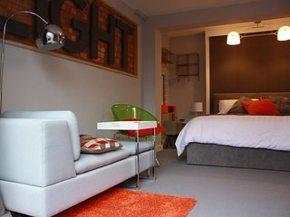 Perfect 1 bedroom Kingston-upon-Hull Apartment with Internet Access - Kingston-upon-Hull vacation rentals