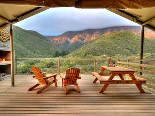 Gorgeous 2 bedroom Robertson Tented camp with Internet Access - Robertson vacation rentals