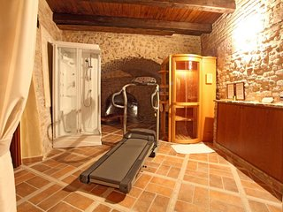 Medieval Fortress with Pool, Sauna - Fitness room - at 5 km from the beach - Centobuchi vacation rentals