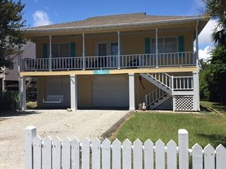 Comfortable House with Deck and Internet Access - Oak Island vacation rentals