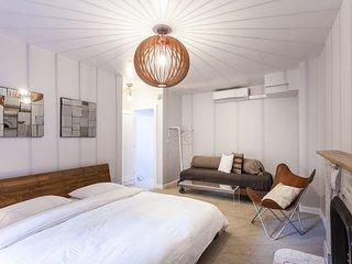 Three bedroom close to Midtown - New York City vacation rentals