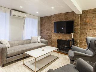 1 bedroom with Yard Space in Midtown East sleeps 6 - New York City vacation rentals