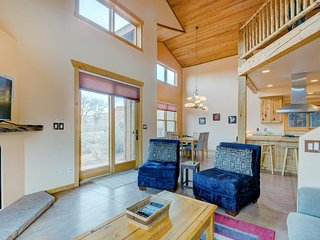Amazing views from this dog-friendly home will wow the whole group! - Moab vacation rentals