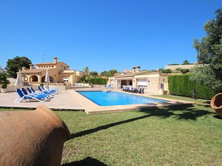 Luxury Villa Surrounded by Vineyards - Great for Big Groups w/Private Pool - Canor vacation rentals