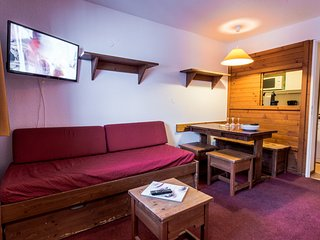TIGNES VAL CLARET 4 PERSONS SKI IN/OUT - Tignes vacation rentals