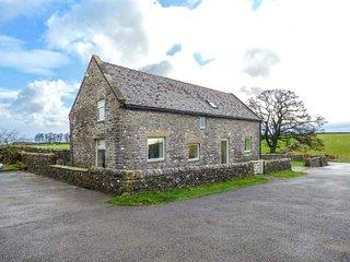 GAG BARN, stone barn conversion, off road parking, Smart TV, garden, Tissington, Ref 946143 - Tissington vacation rentals