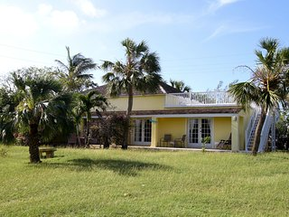 Cozy 2 bedroom House in Harbour Island with Internet Access - Harbour Island vacation rentals