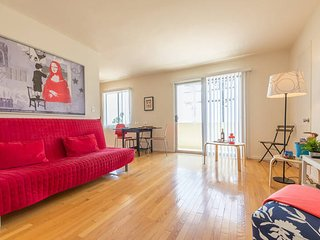 Beautiful flat with stunning ocean view - Santa Monica vacation rentals