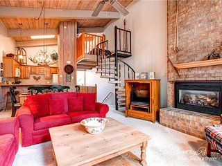 Christiana Townhomes 5 by Ski Country Resorts - Breckenridge vacation rentals