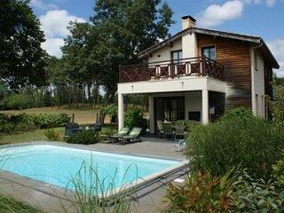 Cozy 3 bedroom Villa in Salles (Gironde) with Television - Salles (Gironde) vacation rentals