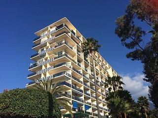 Skol Apartments, Marbella - central beachfront location - self catering - Marbella vacation rentals