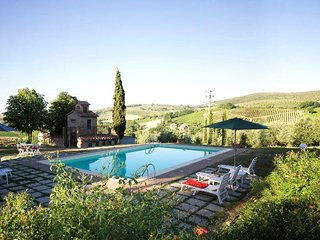 Hilltop Country Villa with 4 Bedrooms in Tuscany - San Gimignano vacation rentals