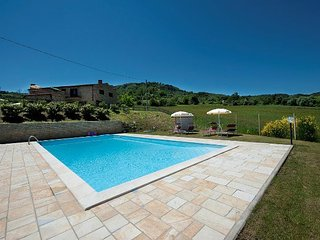 Lovely 2 bedroom Chianni House with Internet Access - Chianni vacation rentals