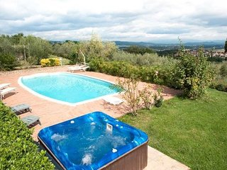 Lovely House with A/C and Parking - Monte San Savino vacation rentals