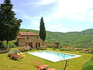 Lovely 4 bedroom Vacation Rental in Castiglion Fiorentino - Castiglion Fiorentino vacation rentals
