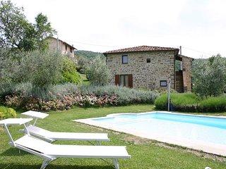 Stefi 2 - Castiglion Fiorentino vacation rentals