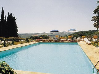 Bright House with Internet Access and Shared Outdoor Pool - San Gimignano vacation rentals
