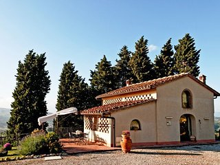 Bright 2 bedroom Vacation Rental in Montelupo Fiorentino - Montelupo Fiorentino vacation rentals