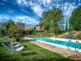 L'Ulivo, Family friendly holiday house with pool - San Venanzo vacation rentals