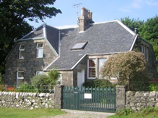 Comfortable 2 bedroom Condo in Ulva Ferry - Ulva Ferry vacation rentals