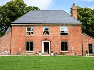 Fishley Hall, Georgian period property in the heart of the Norfolk Broads - Acle vacation rentals