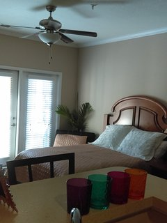 Cozy 1 bedroom Vacation Rental in Raleigh - Raleigh vacation rentals