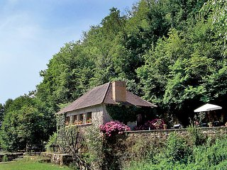 Beautiful Watermill with Internet Access and Satellite Or Cable TV - Le Blanc vacation rentals