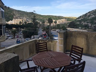 Diver's Paradise! Gorgeous duplex with terrace in Xlendi Bay, Gozo - Xlendi vacation rentals