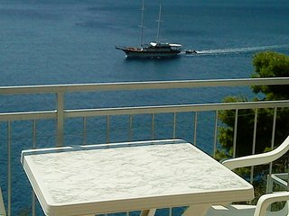 Apartments Rokica - One Bedroom Apartment with Terrace and Sea View - Pisak vacation rentals