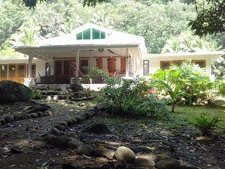 Nice 2 bedroom Villa in La Plaine - La Plaine vacation rentals