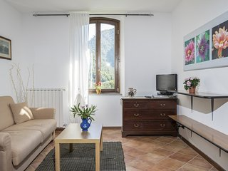 Nice Condo with Central Heating and Washing Machine - Airole vacation rentals