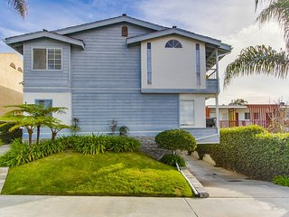 Tiki Townhouse, Ocean Views, Walk to Beach - La Jolla vacation rentals