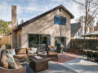 3BR, 2BA Agoura Hills House w/Landscaped Patio On Edge of Lake Lindero - Agoura Hills vacation rentals