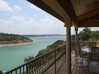 Chardonnay Haus: Lakefront Villa on Vineyard—45 Mins from Downtown Austin - Lago Vista vacation rentals