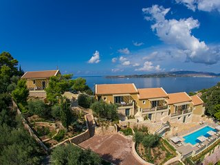 *4*Luxury 1BDR apartment with pool/ sea views/walking distance to town and beach - Lassi vacation rentals