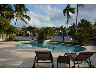 Beautiful Paradise on Intercoastal - Hollywood vacation rentals
