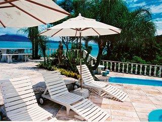 Divine 6 Bedroom Frontsea Villa at Pontal de Jurere - Jurere vacation rentals