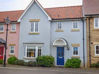 BLUE BAY HOUSE, pet-friendly, WiFi, on-site facilities, Filey, Ref 948040 - Filey vacation rentals