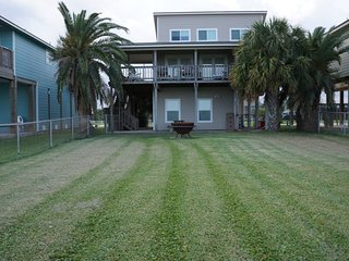 Bright 4 bedroom House in Port O Connor with A/C - Port O Connor vacation rentals