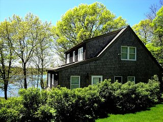 Perfect 2 bedroom East Orleans House with Deck - East Orleans vacation rentals