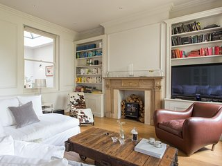 onefinestay - Warrington Crescent VIII private home - London vacation rentals