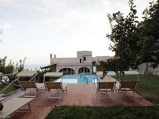 Beautiful 12 bedroom House in Vettica di Amalfi with Internet Access - Vettica di Amalfi vacation rentals