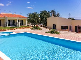 Contemporary and spacious 2-bedroom house in Algoz, Portugal, with air con and shared swimming pool - Algoz vacation rentals